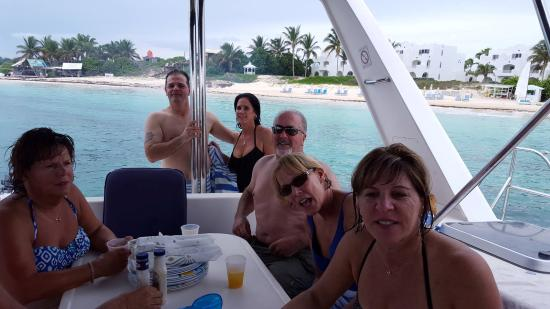 Simpson Bay, St. Martin/St. Maarten: Happy Customers