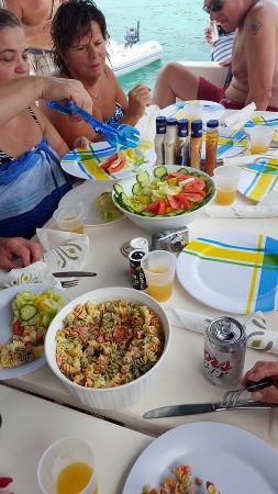 bahía de Simpson, Isla de San Martín: Fantastic Lunch!