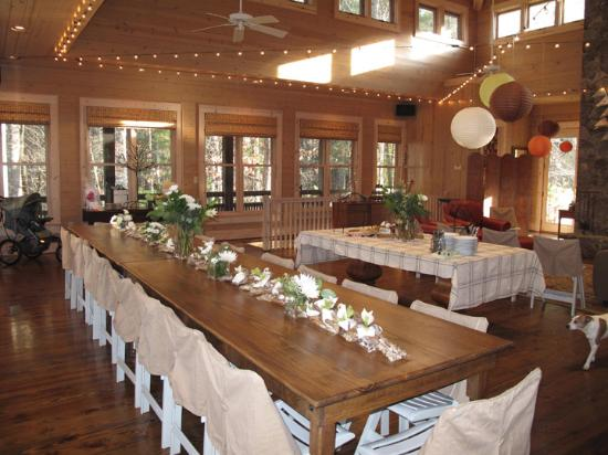 Tiger, GA: Large & Lovely area for dining and gathering