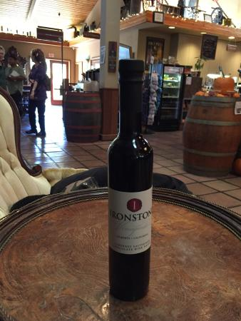 Ironstone Vineyards: The place was amazing and the sights were breath taking.  Could not wait for desert time so I co
