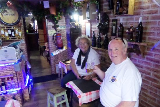 Tuk-Tuk Fun Tours: Lovely little bar