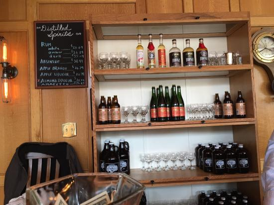 Mount Defiance Cidery & Distillery