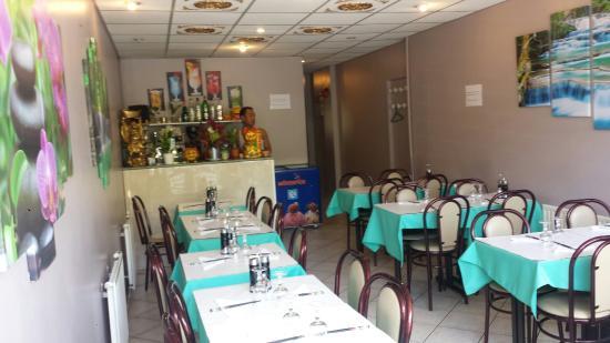 Akynata domont restaurant bewertungen telefonnummer for Hotel domont