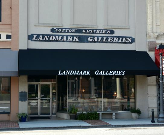 ‪Cotton Ketchie's Landmark Galleries‬