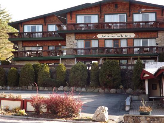 BEST WESTERN Adirondack Inn: From Main Street