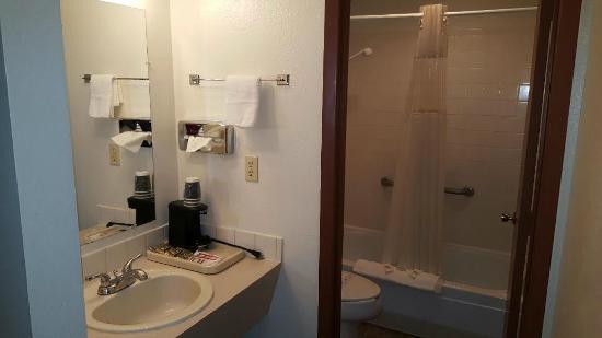 Umatilla, OR: Bathroom