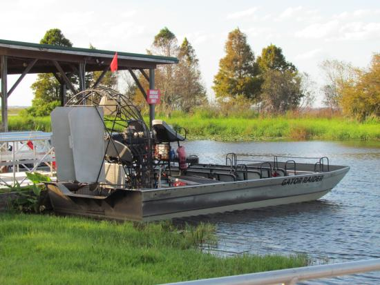 Airboat rides kissimmee / Mexican food gifts
