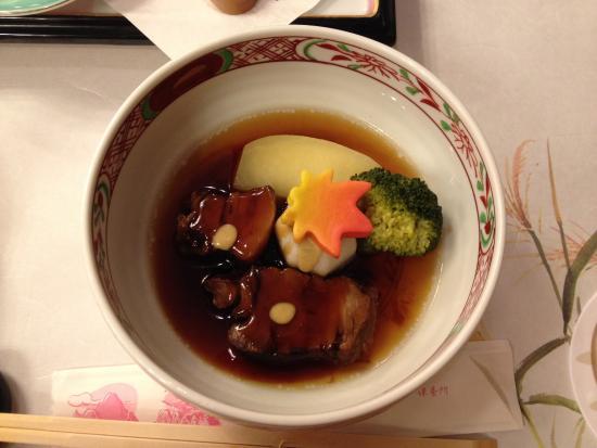 Shikishimakan : 豚の角煮