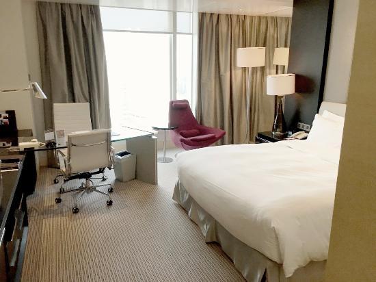 Hotel Nikko Shanghai: 非常明亮舒適