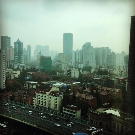 Hotel Nikko Shanghai: 19樓窗外的景色