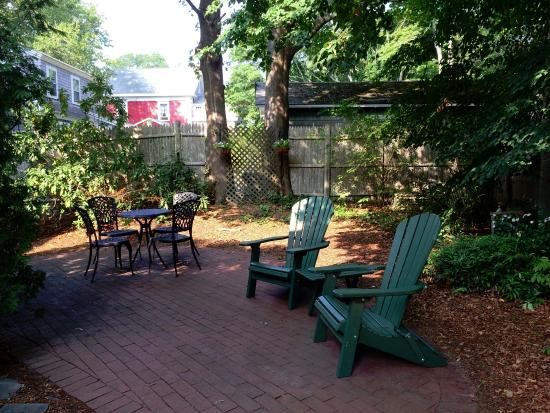 Harwich, MA: Outside patio area