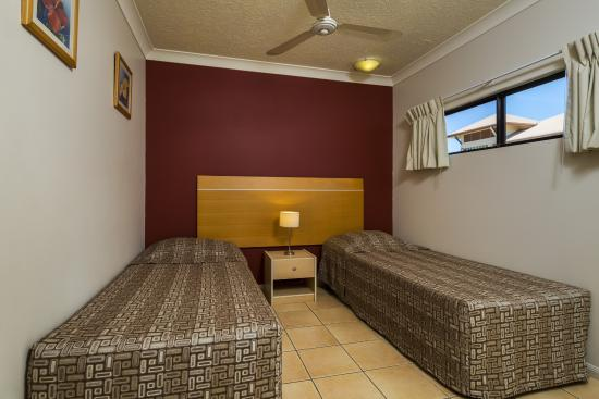 City Plaza Apartments Cairns: Split Single Bedroom