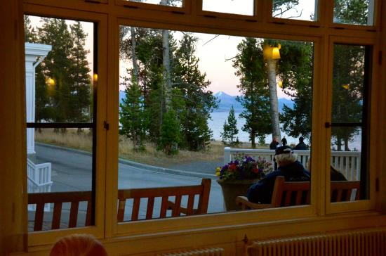 Lake Yellowstone Hotel Dining Room: View Of Lake Yellowstone And Hotel  Exterior