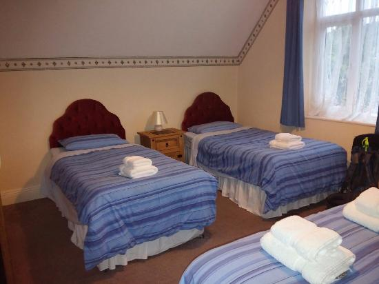 West Point Hotel : Single Beds