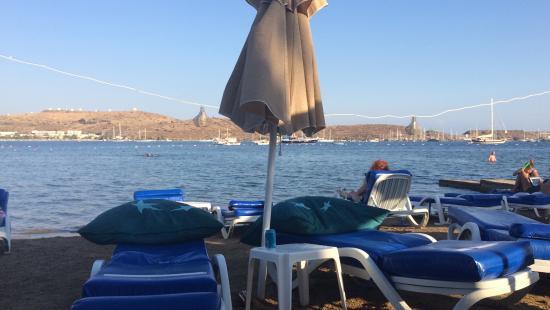 Turihan Hotel: Beach