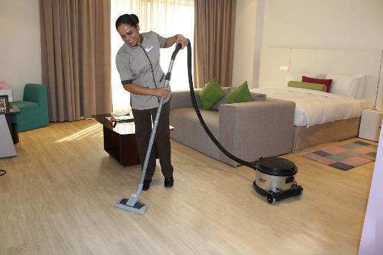 Hawthorn Suites by Wyndham Dubai, Jbr : Housekeeper