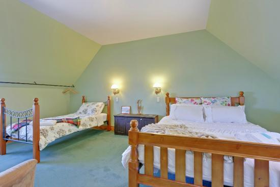 BayView Guesthouse: Rates for all budgets