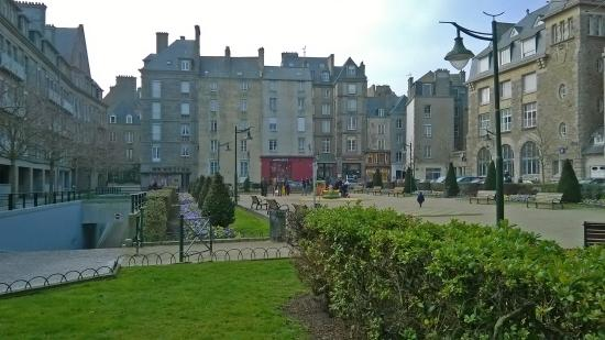sightseeing on foot from hotel in st malo picture of la maison des armateurs saint malo. Black Bedroom Furniture Sets. Home Design Ideas