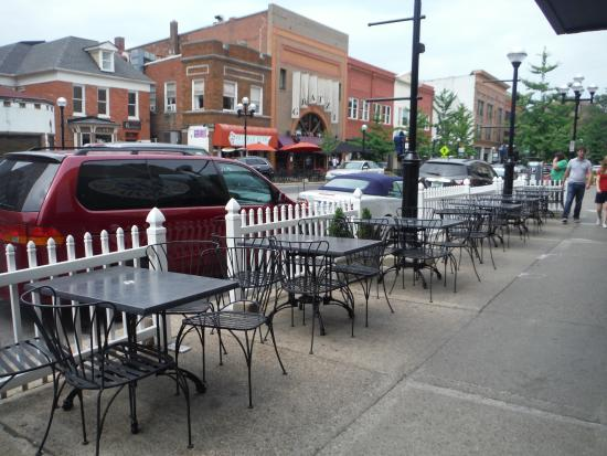 Kerrytown: Empty patios make me sad...