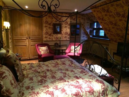 Guesthouse Bonifacius: suite canalview