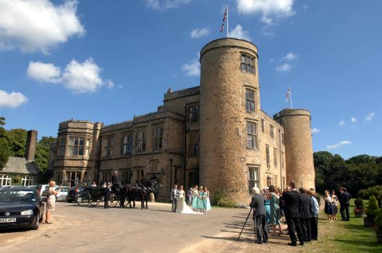 Walworth, UK: Wedding taking place at the castle