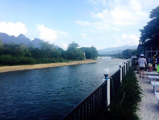 The Grand Riverside Hotel Vang Vieng