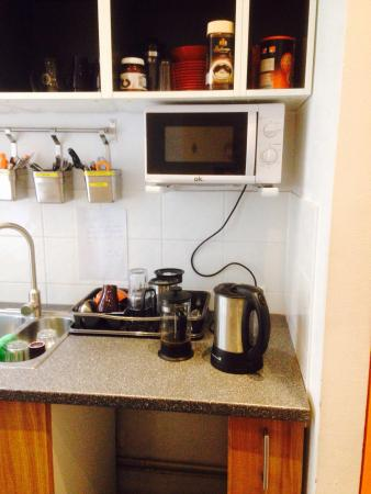 Gay Hostel: Microwave, kettle, toaster, private shower.
