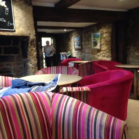 Beeley, UK: the rustic bar area