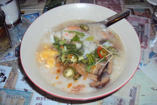 Baan Saphan Mai Noodles
