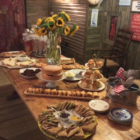 Saint Ewe, UK: Feast in The Party Shed