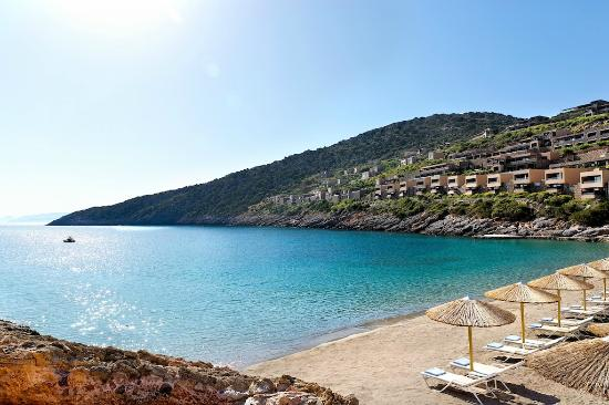 Daios Cove Luxury Resort & Villas: The private sandy bay