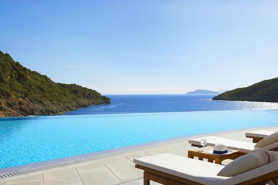 Daios Cove Luxury Resort & Villas: Endless blue