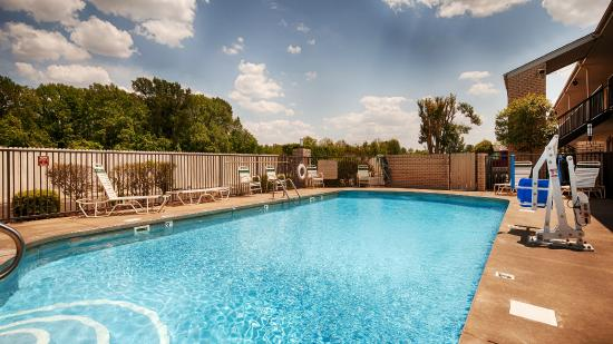 West Helena, AR: Pool