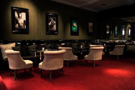 Red room picture of 101 hotel reykjavik tripadvisor for Design hotel 101 reykjavik
