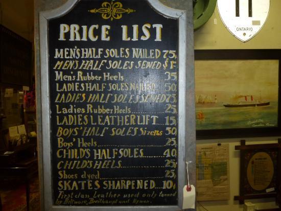 Barrie, Kanada: Shoe Repair Price List