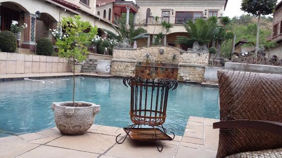 La Villa Vita Nelspruit: Pool area