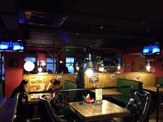 1000 Miles Bike Pub