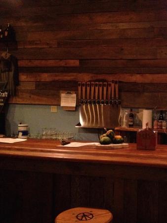 Shawnee on Delaware, PA: Bar