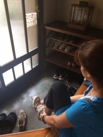 Guest House Bola-Bola: Tirar os sapatos na entrada