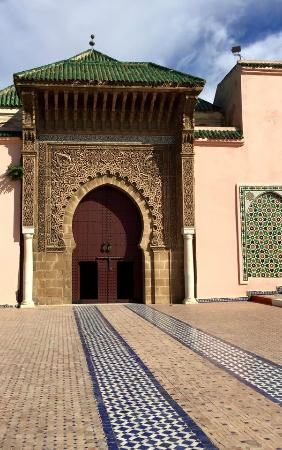 Tour From Fes To Marrakech - Day Tours