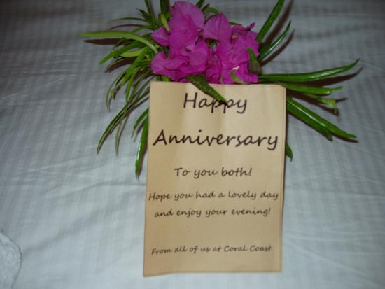 Coral Coast Hotel: They even thought of our anniversary