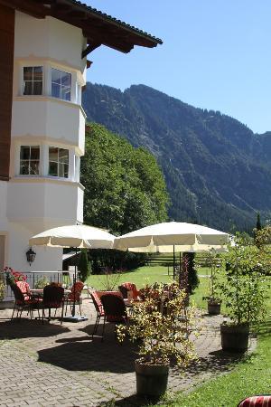 Bogner Hof: Blick auf die Berge