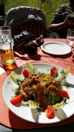 Bogner Hof: Backhendl-Salat