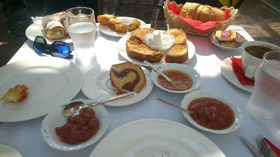 Zagora, Yunani: Το φρέσκο πρωινό