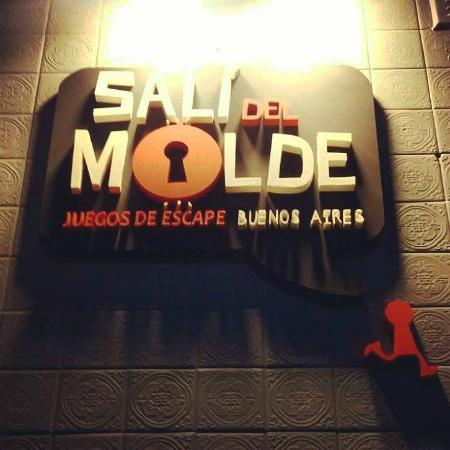 Sali del Molde Juegos de Escape