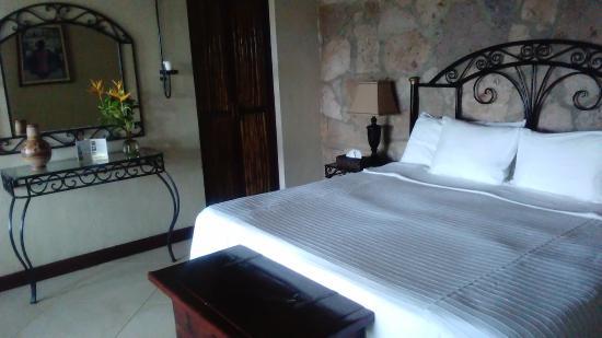 Mar de Jade Retreats Wellness Vacation: Suite
