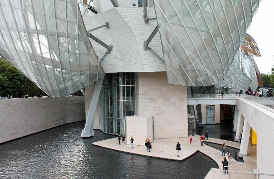 1caa2e9d6af02 Lower level - Bild från Fondation Louis Vuitton