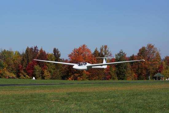 Warren, VT: Our ASK-21 ride glider on tow
