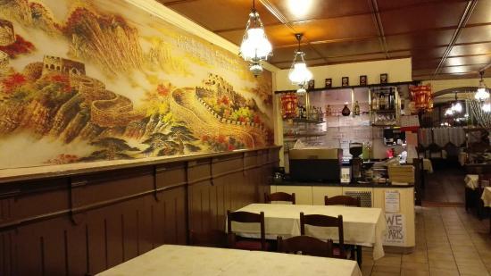 La Neuveville, Schweiz: Restaurant-Pizzeria Au Tonneau
