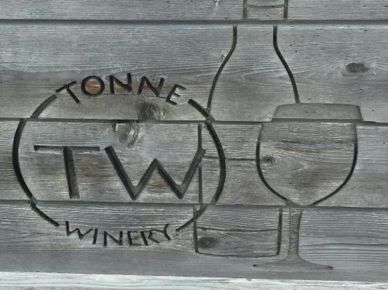 Muncie, IN: Tonne Winery - 2014 Indiana Winery of the Year